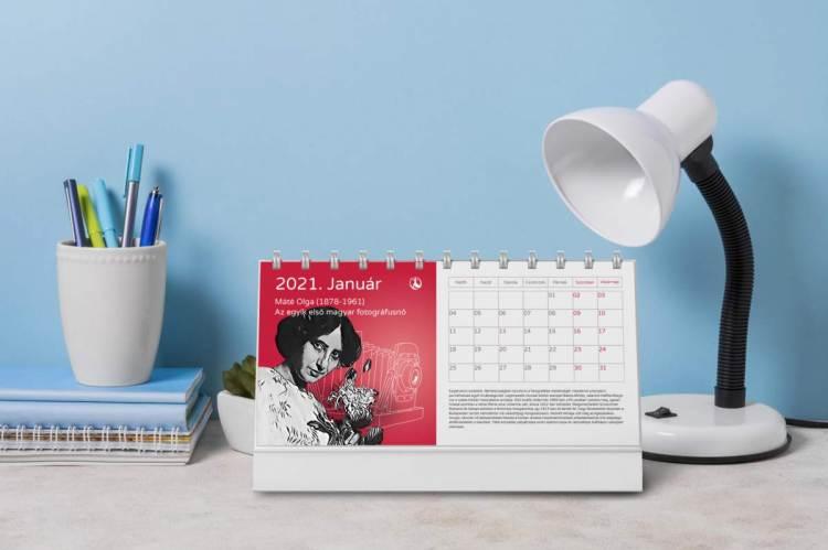 Kiemelkedő nők 13 lapos havi asztali naptár